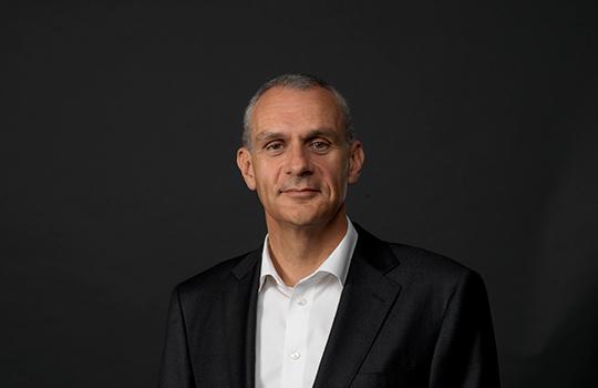 Karel Vogel, compliance officer